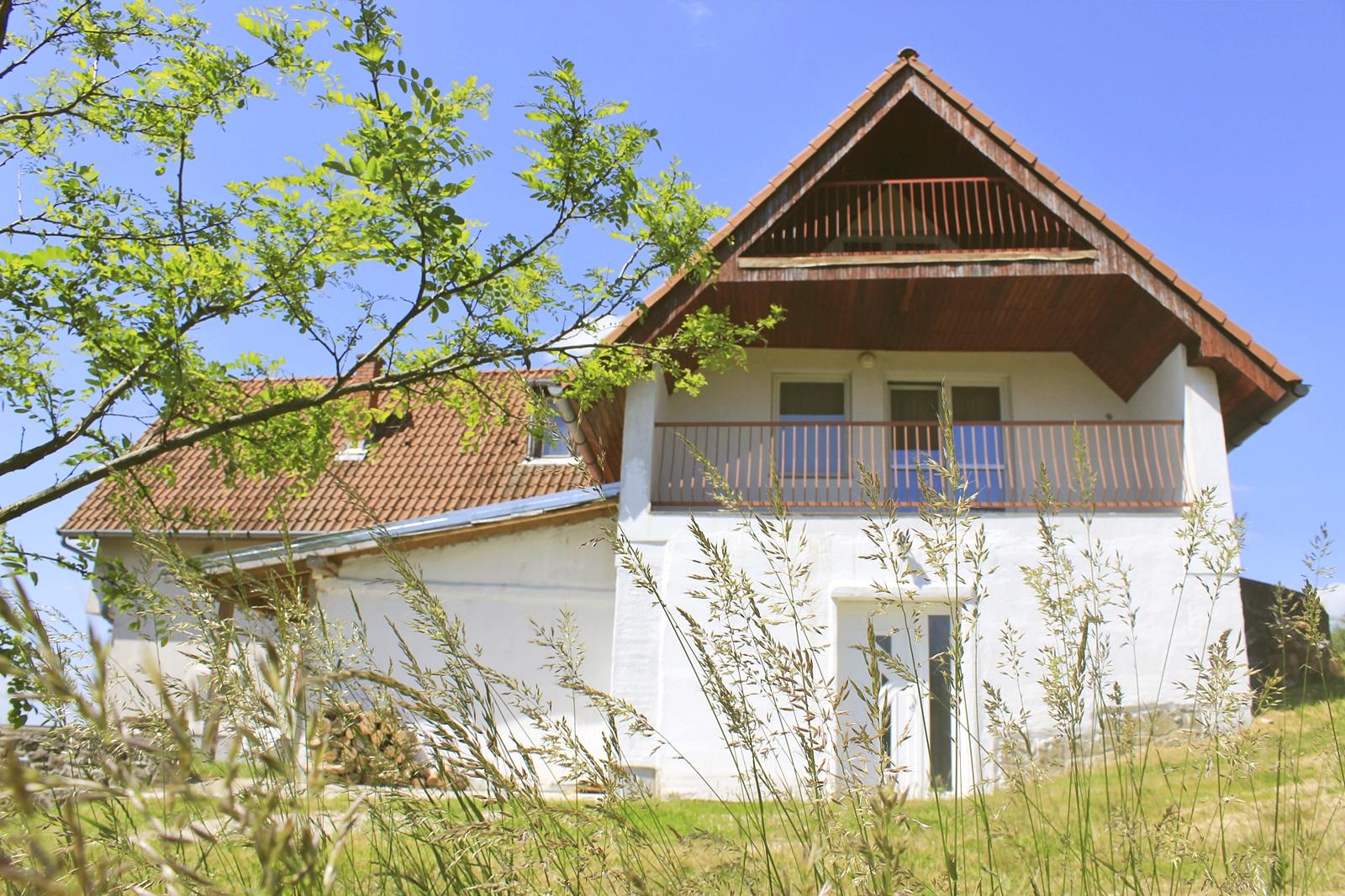 MacskaFészek vendégház, Kis-Somlyó