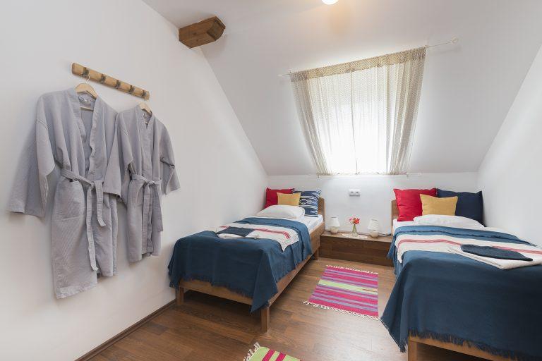 6-os-szoba-1.jpg