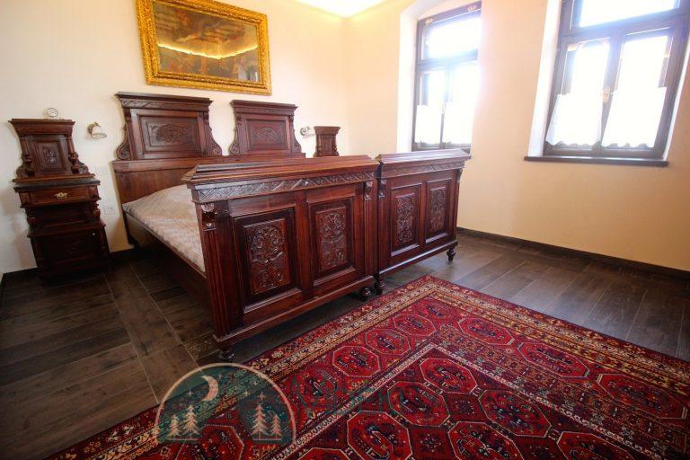 Antik-Vendégház-első-szoba-2-1-1.jpg