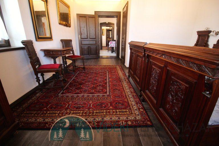 Antik-Vendégház-első-szoba-3.jpg