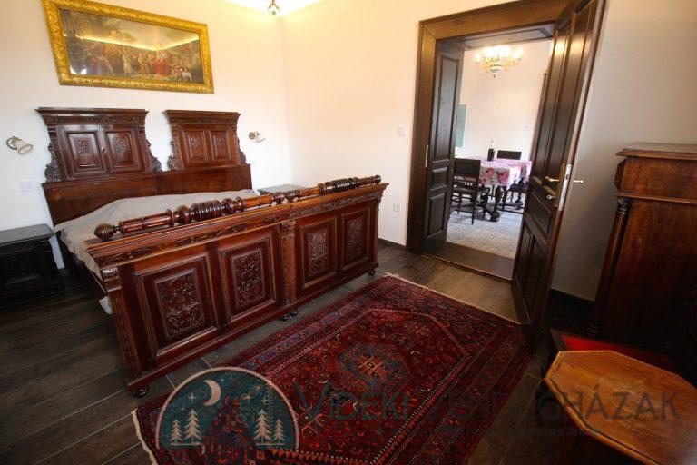 Antik-Vendégház-középső-szoba-1.jpg