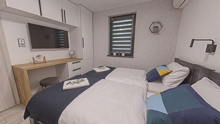 room03_2.jpg